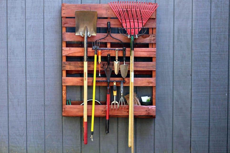 pallets para aguardar las herramientas