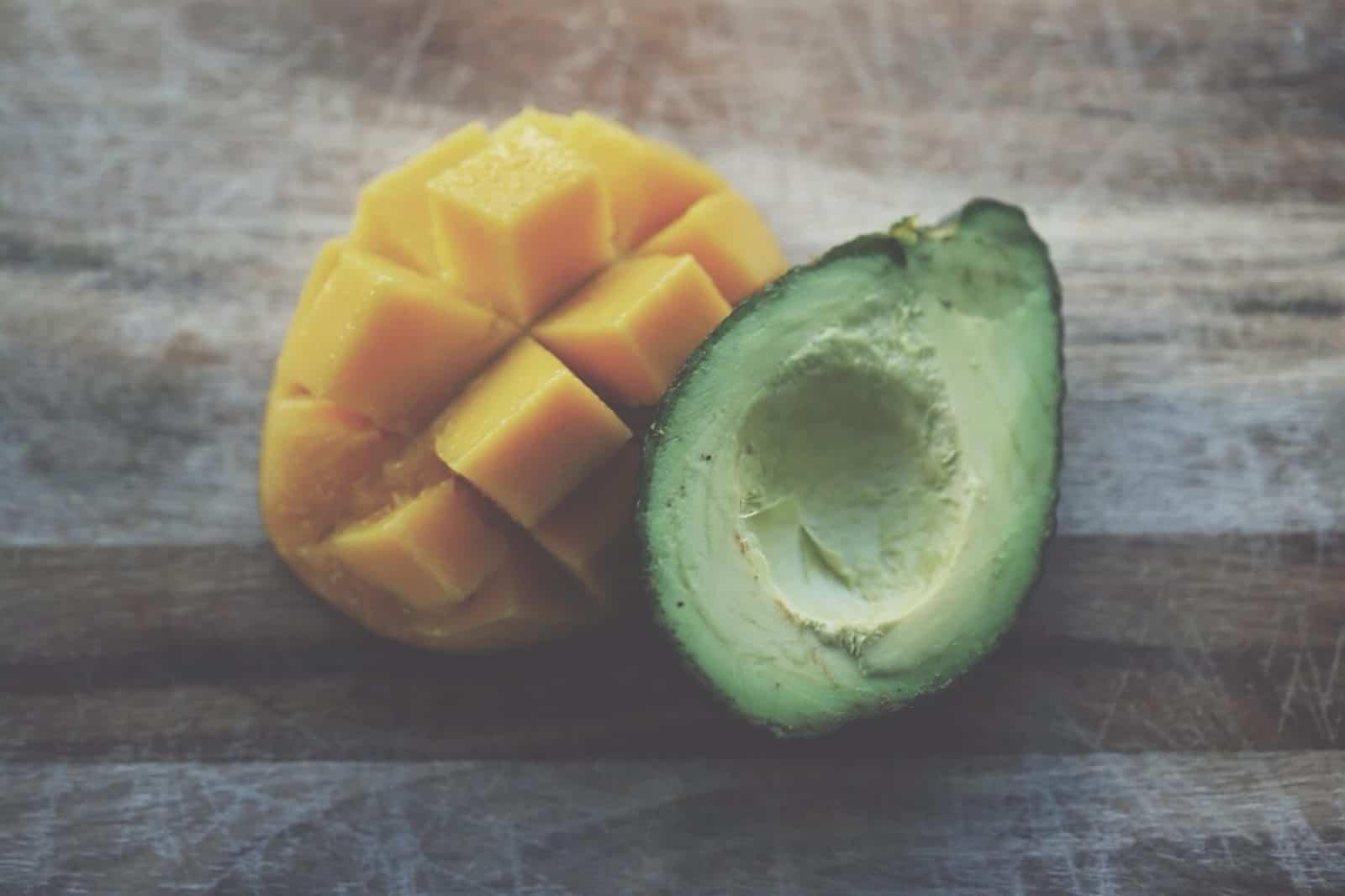 cuánto se riega el mango
