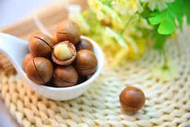 embrar nueces de macadamia